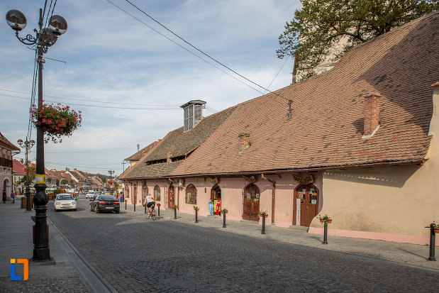 zid-lateral-de-la-biserica-evanghelica-fortificata-din-cisnadie-judetul-sibiu.jpg