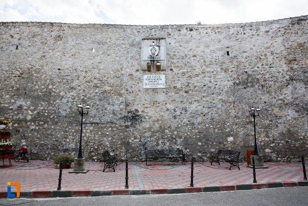 zidul-de-la-cetatea-din-ghimbav-judetul-brasov.jpg