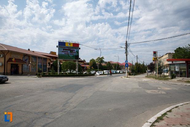 zona-centrala-din-orasul-babadag-judetul-tulcea.jpg