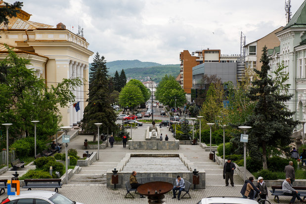 zona-centrala-din-orasul-ramnicu-valcea-judetul-valcea.jpg