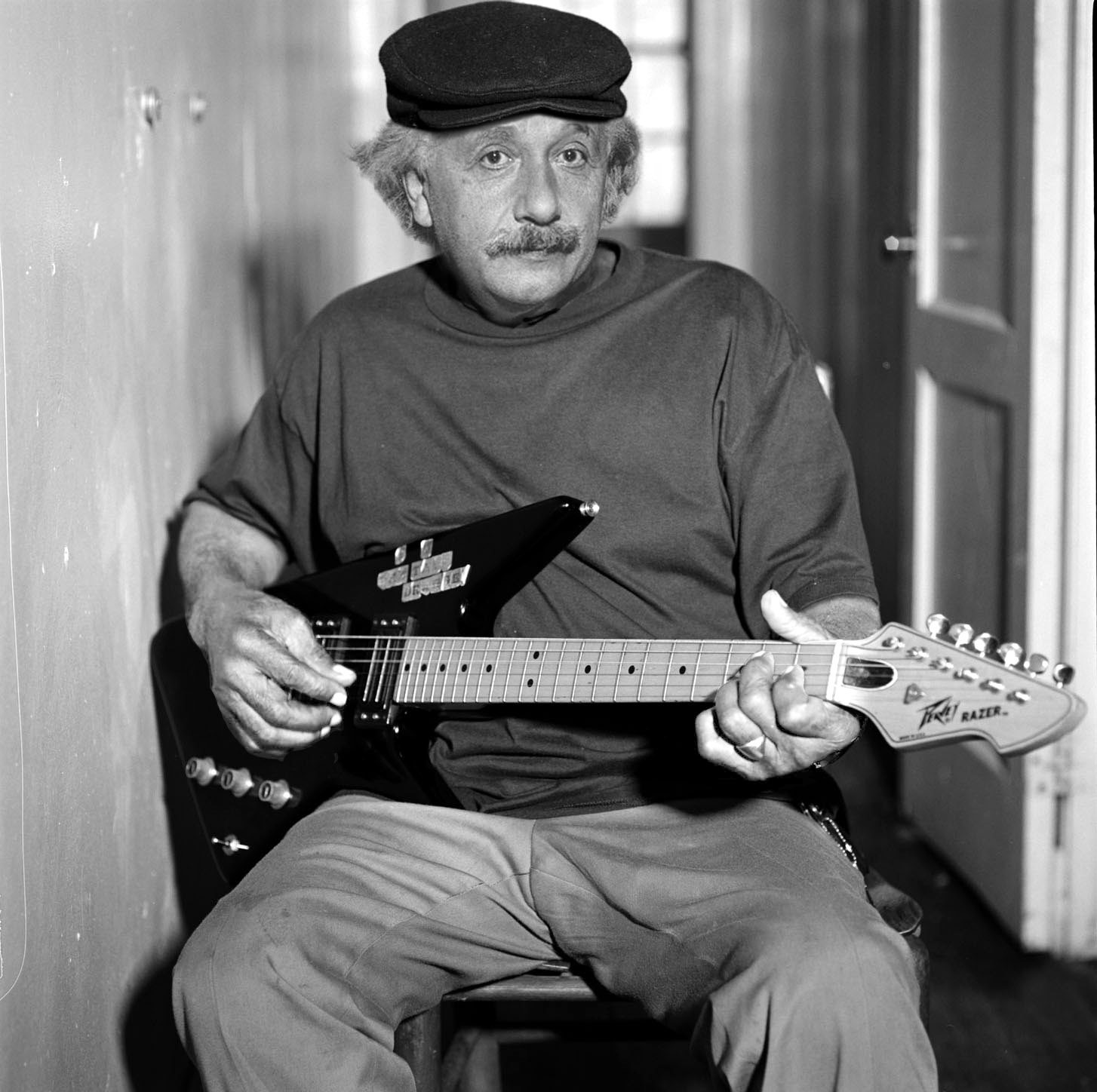 Einstein si muzica