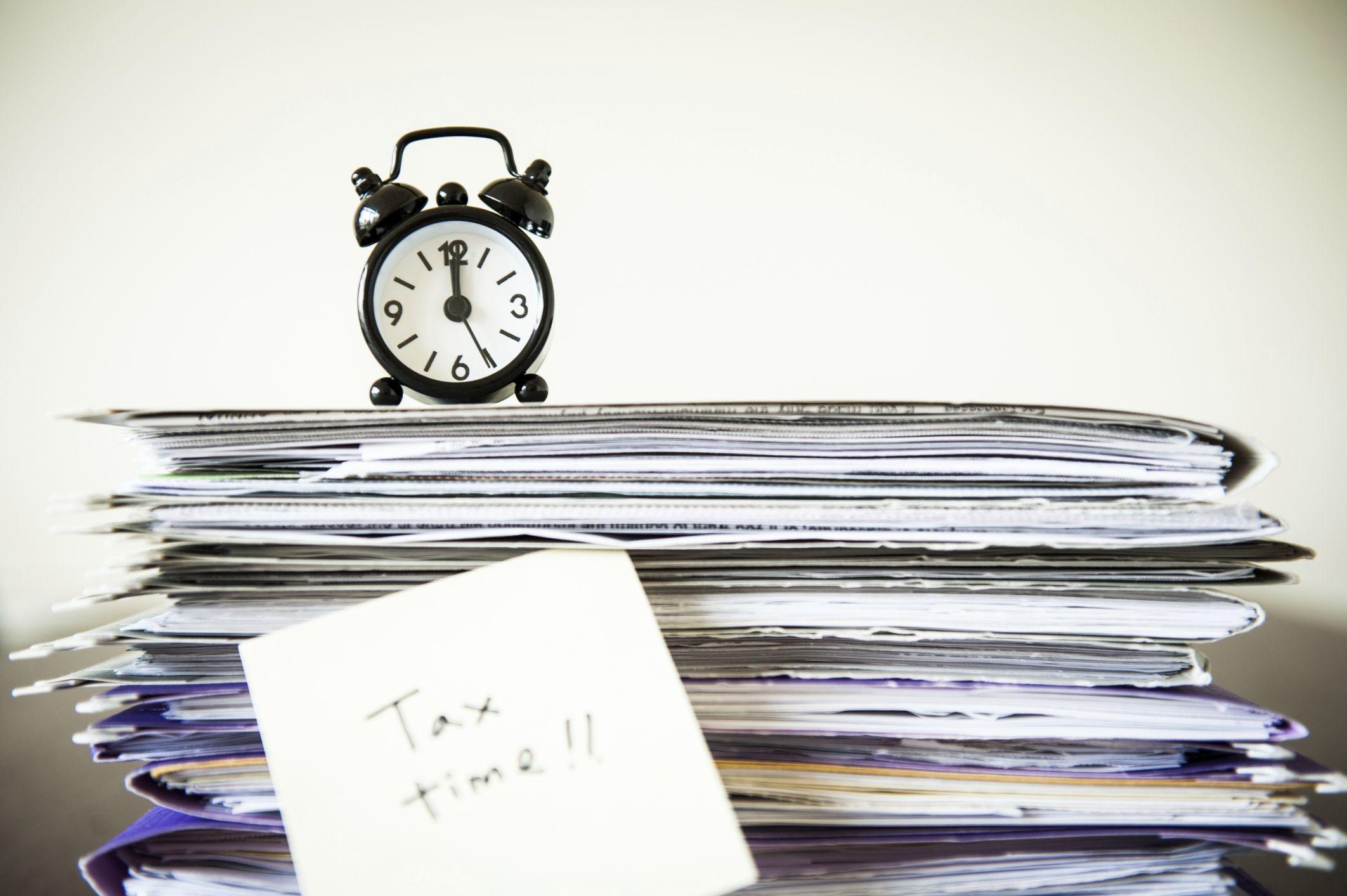 5 legi controversate, Impozite
