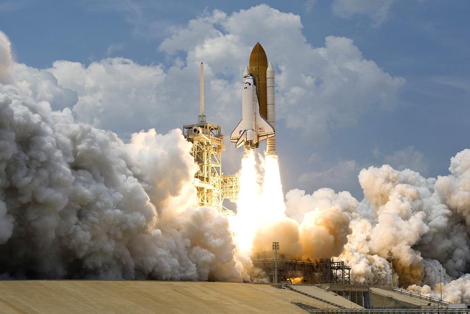 Antigravitaţia, gravitaţia si zborurile cosmice