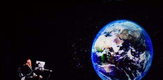 Stephen Hawking si Universul