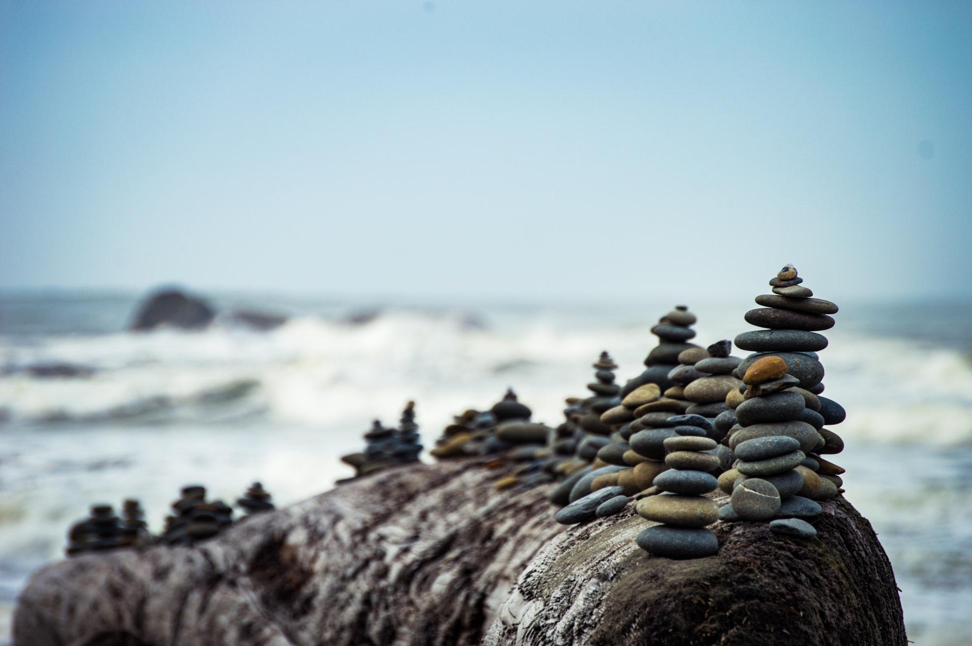 Timpul se comprimă, dar Universul ramane in echilibru