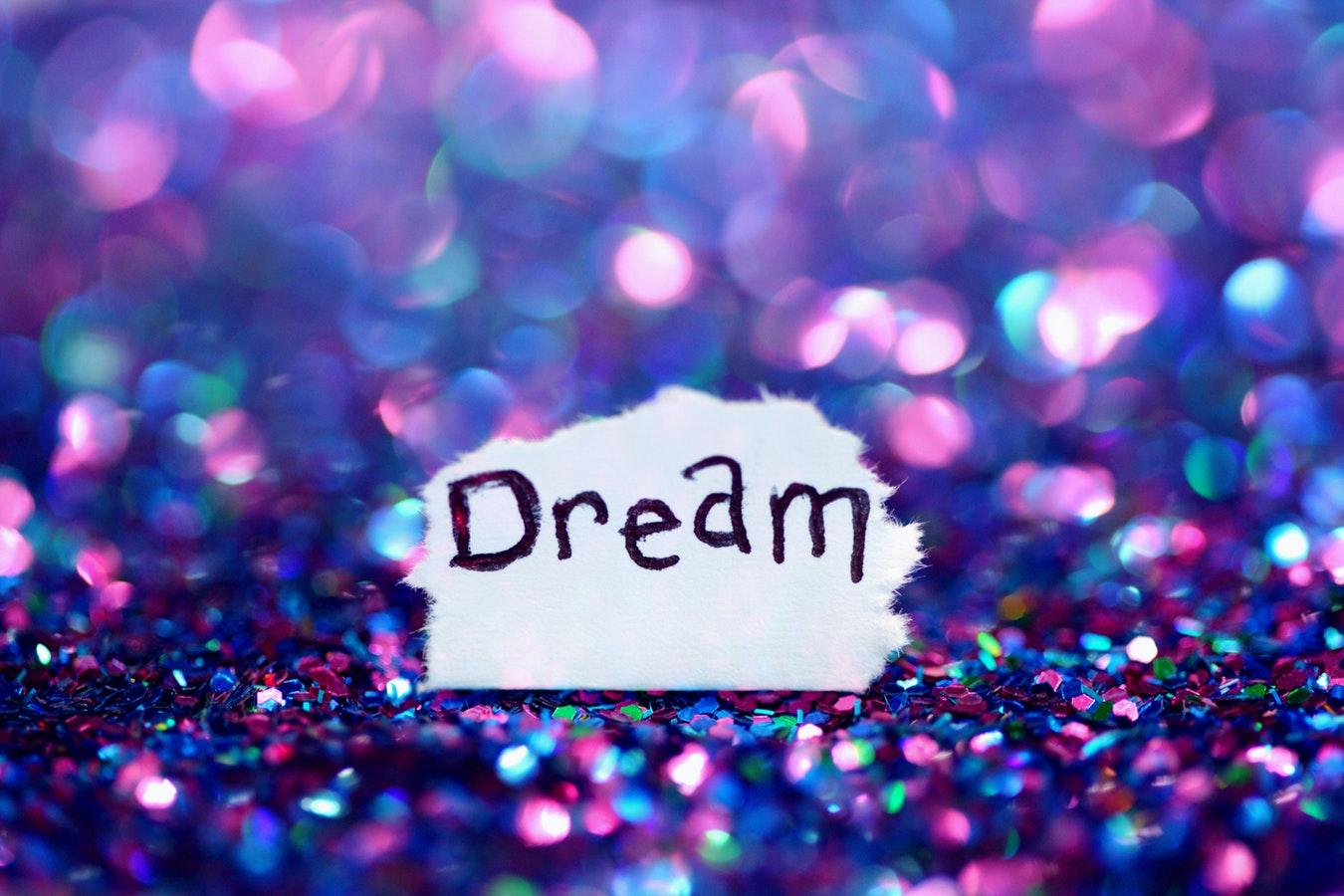 Controlul viselor este posibil. Beneficii