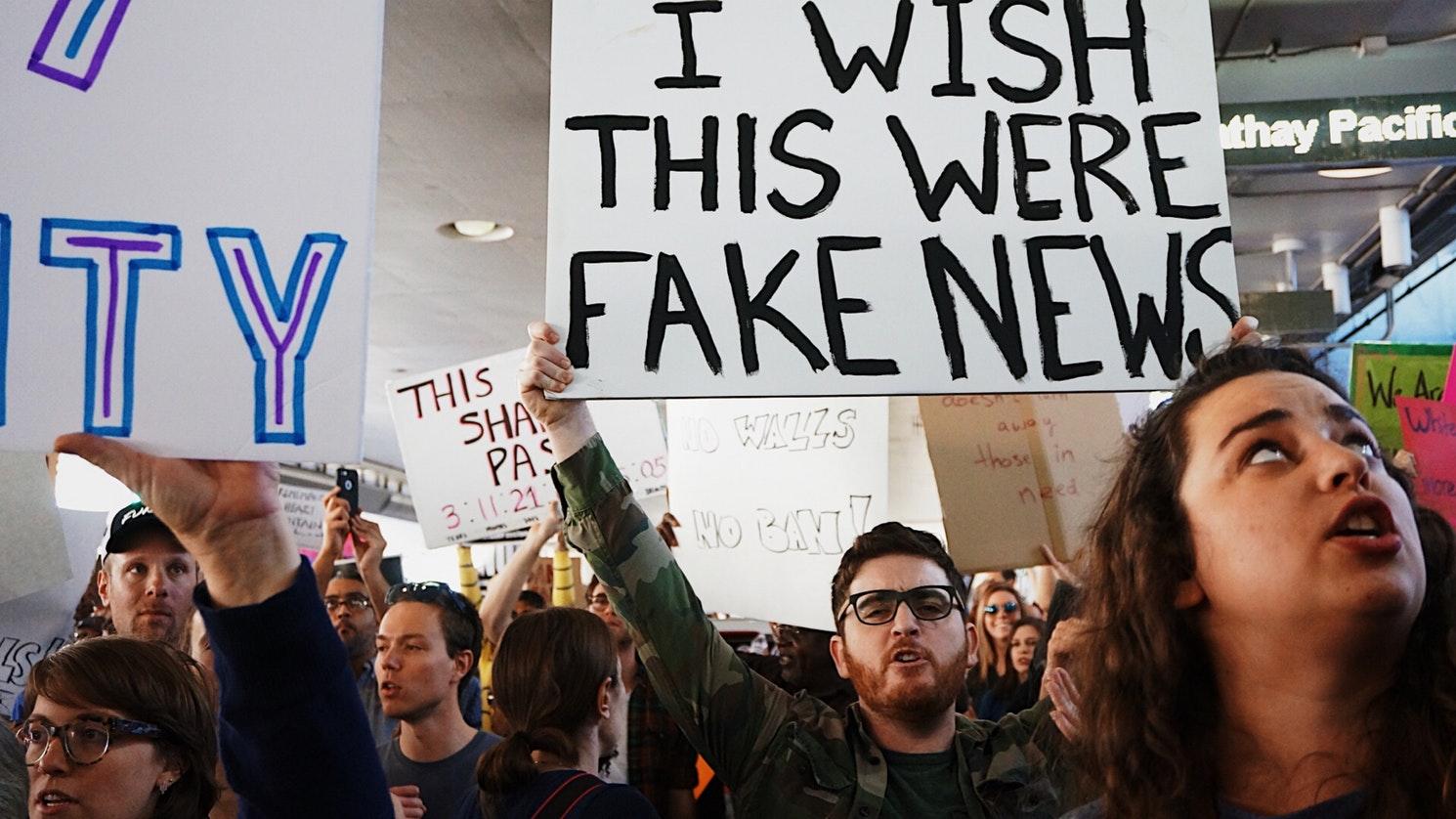 Fake news si opinia publica