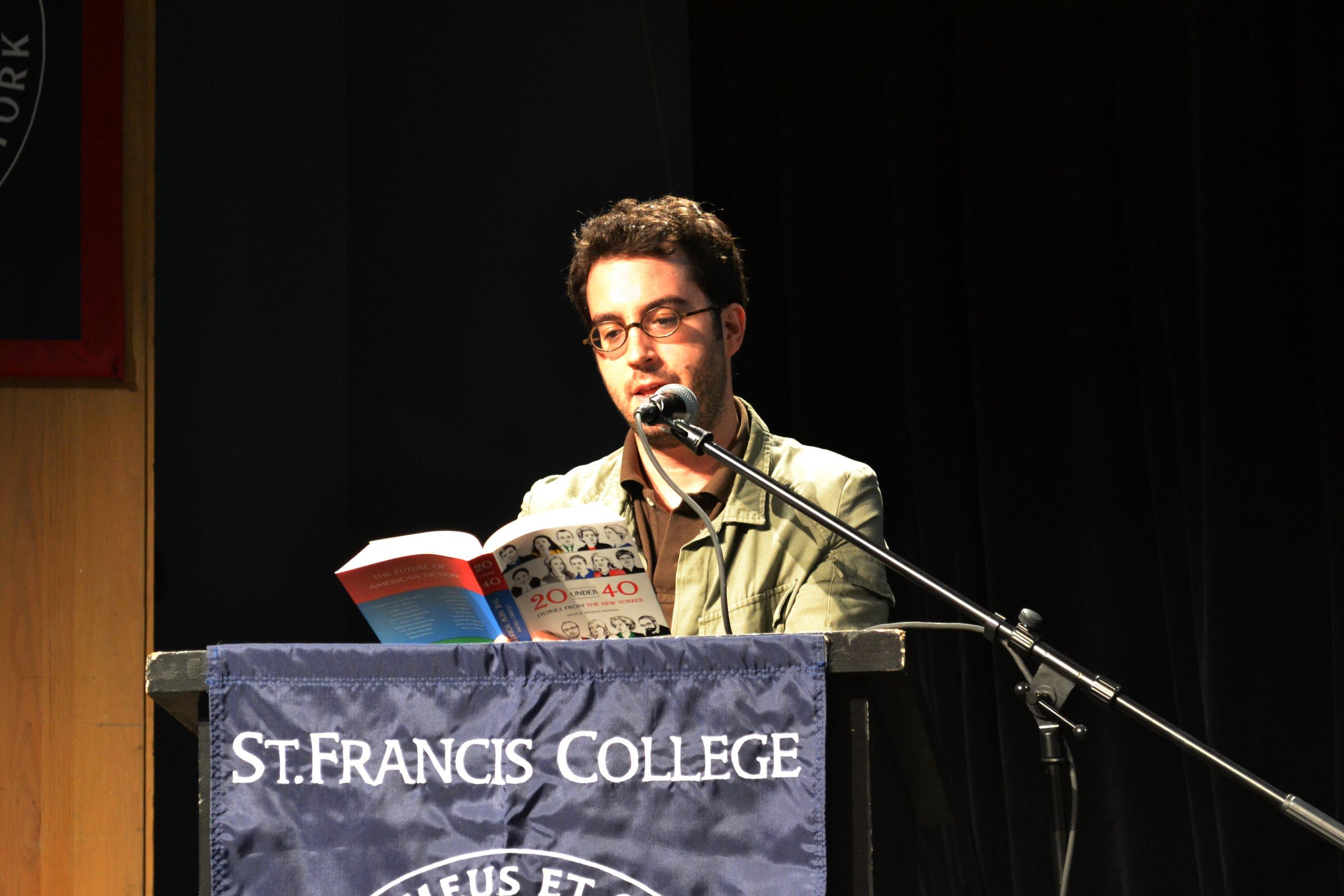 Cele mai citite 10 romane ale secolului al XXI-lea, Jonathan Safran Foer
