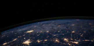 """11 curiozităţi despre Terra, singura noastră """"casă"""""""