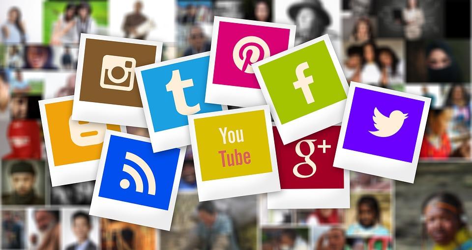 Cum este corect,Reţele de socializare sau Reţele sociale