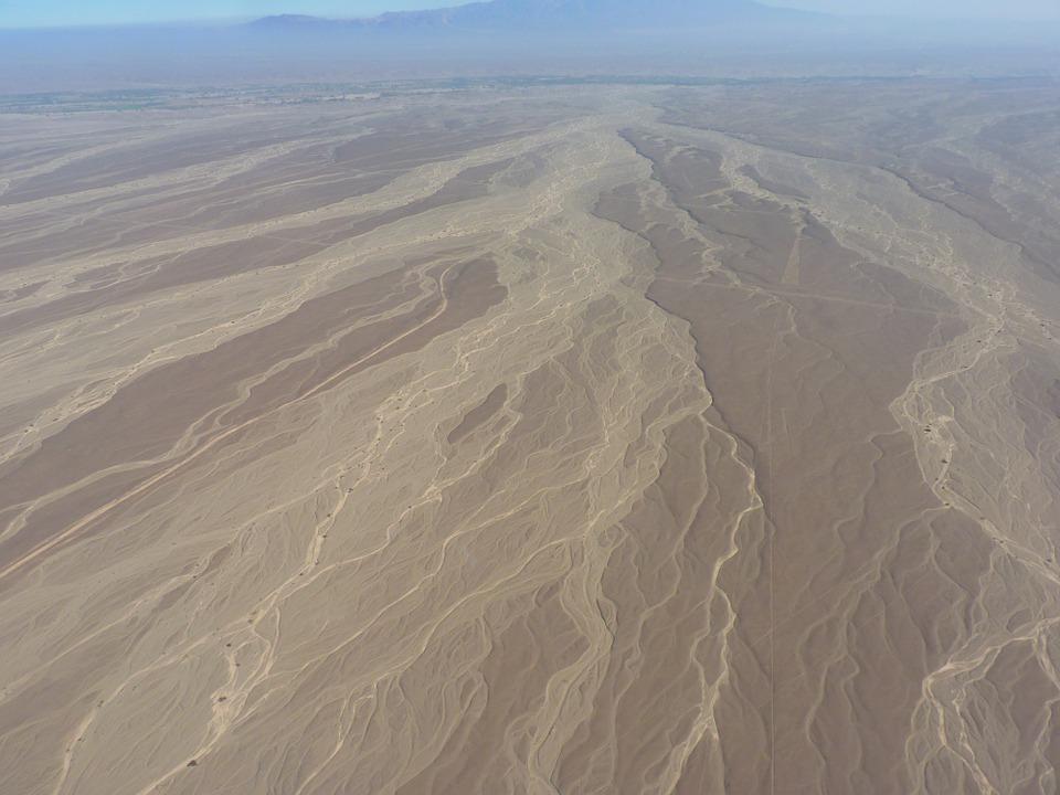 10 locuri uimitoare de pe Terra, Liniile Nazga, Peru
