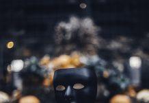Sindromul impostorului, o experienţă pe care 70% dintre oameni au trăit-o măcar o dată