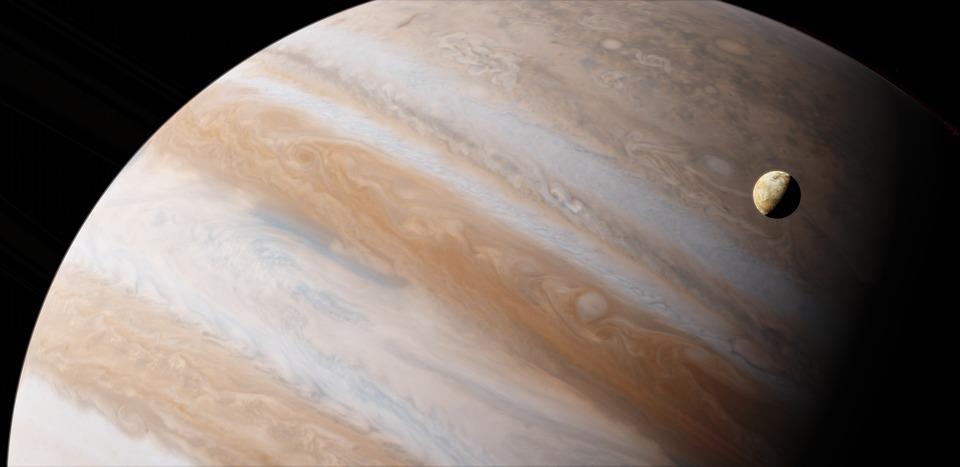 Lunile lui Jupiter, satelitul Io