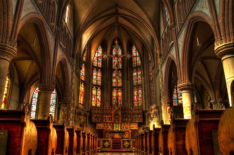 Data Paştelui, Cum se calculează data Paştelui ortodox şi a Paştelui catolic
