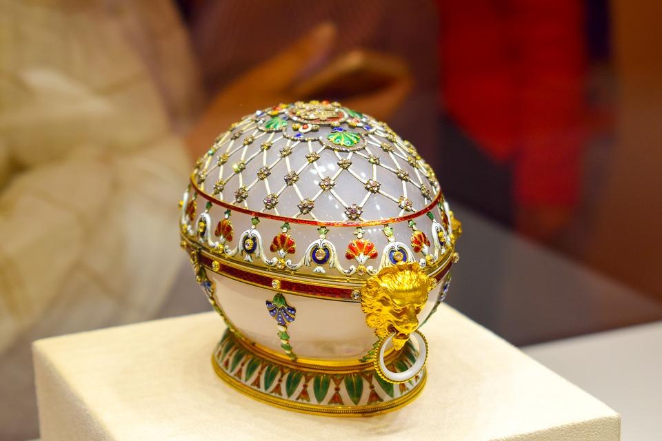 Ouăle Fabergé, cele mai preţioase ouă de Paşte