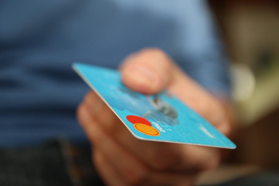 9 metode de a economisi bani