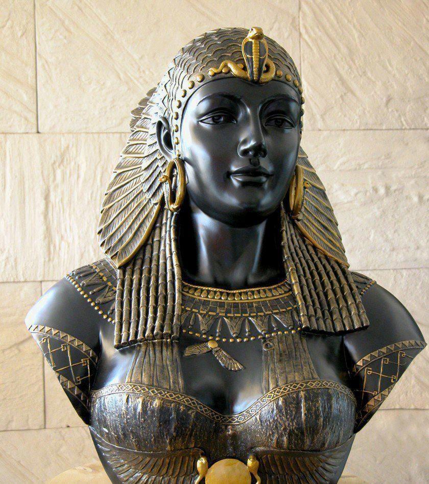 Cleopatra, regina Egiptului, Sursa: Pinterest