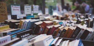 Cele mai valoroase 11 cărţi ale secolului al XXI-lea