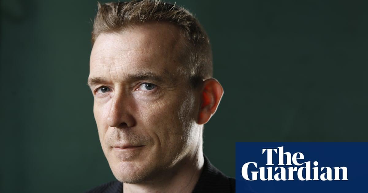 Cele mai valoroase cărţi ale secolului al XXI-lea, David Mitchell, Cloud Atlas, Sursa The Guardian