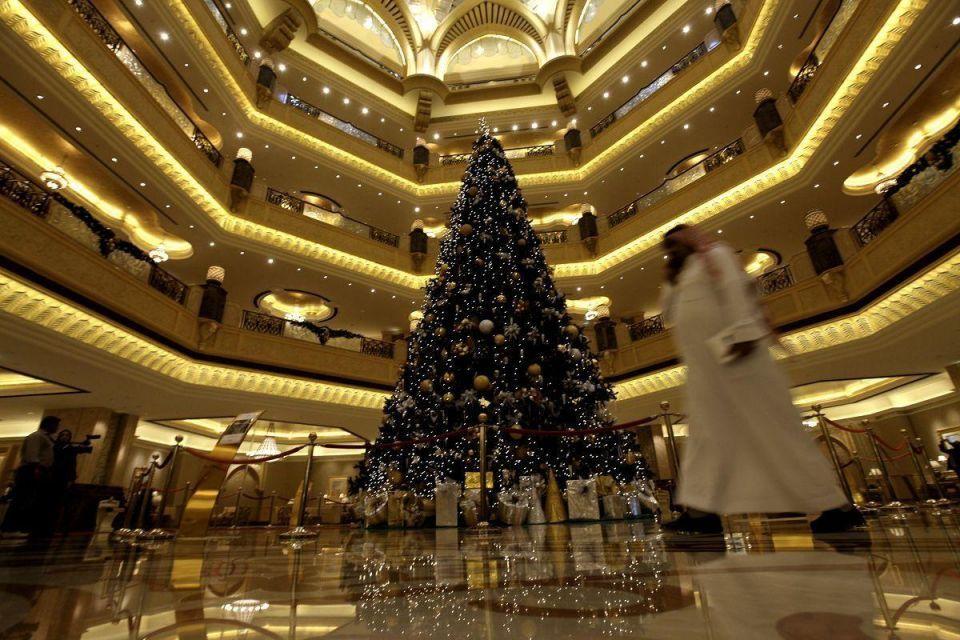 Brad de sărbători, Abu Dhabi, Sursa: Arabian Business