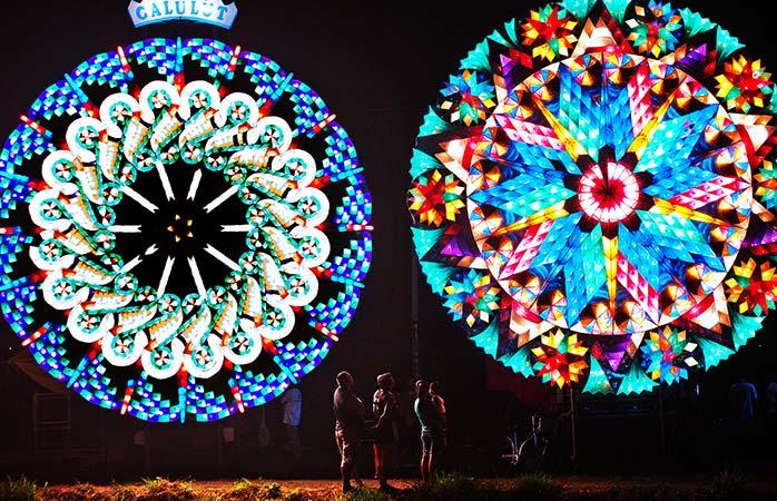 Lanternele gigantice din Filipine