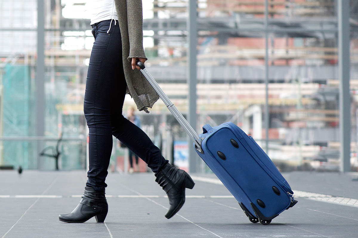 Obiceiuri de Anul Nou, Columbia, o valiza goala