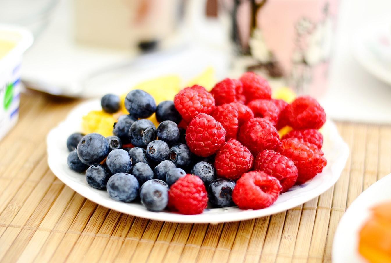 Autismul si ADHD, dieta, fructe de padure
