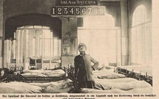 Soldat Nazist in Sala de Baccarat a Cazinoului Constanta