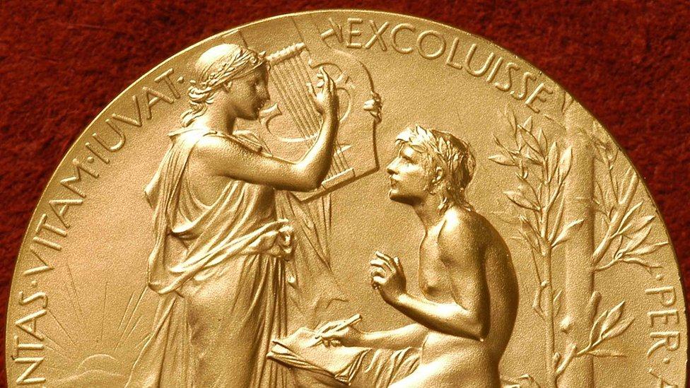 Premiul Nobel pentru Literatura, medalie