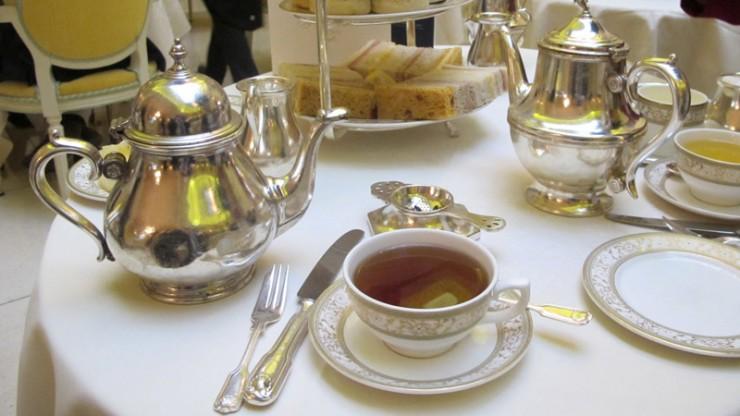Five a clock tea