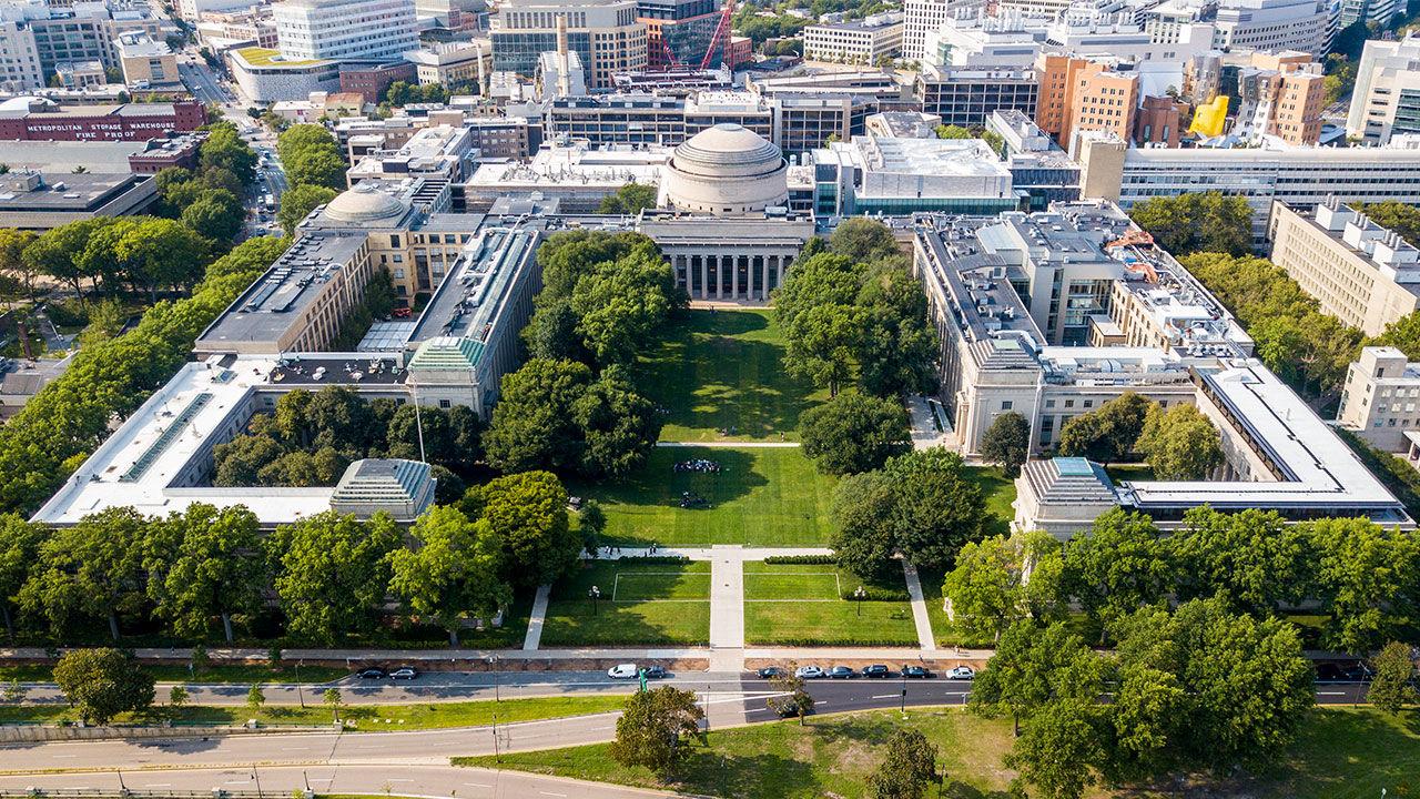 MIT, locul 1 in Top cele mai bune universităţi din lume