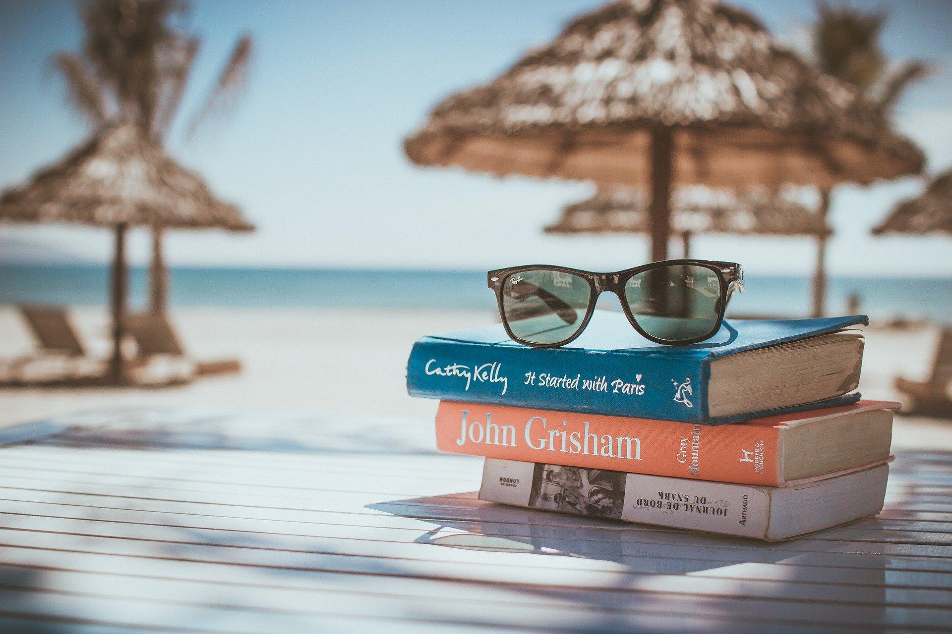 Cărţi de citit în vacanţa de vară 2021