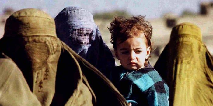 Afganistan, femei si copii