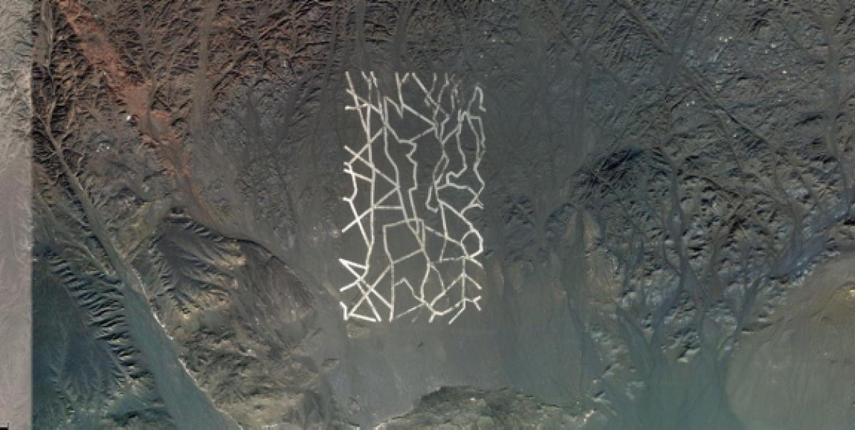 10 descoperiri ciudate prin Google Earth, Desertul Gobi, Sursa Pinterest