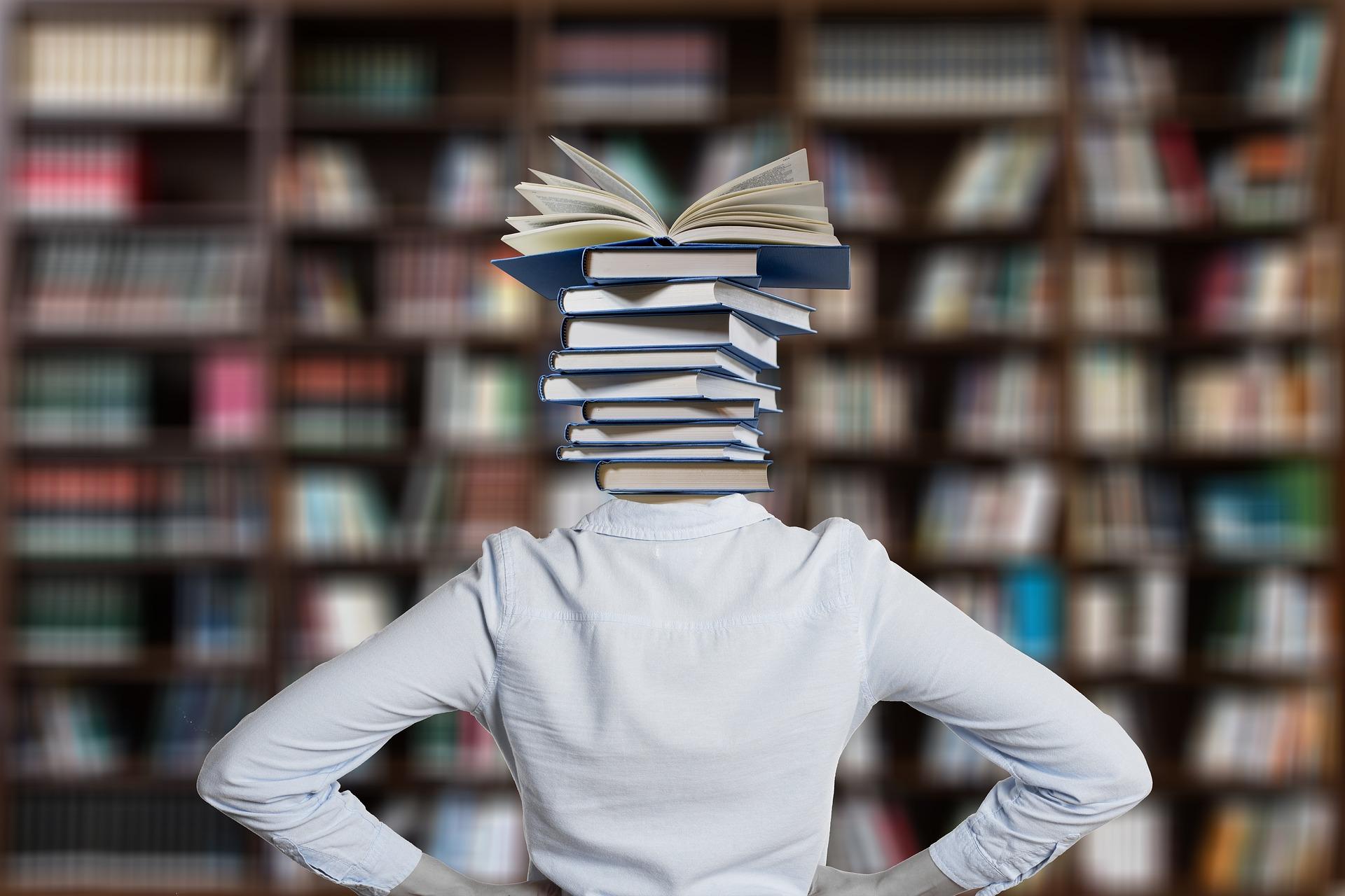 """""""Literatura este esenţă sau nimic"""" (George Bataille)"""